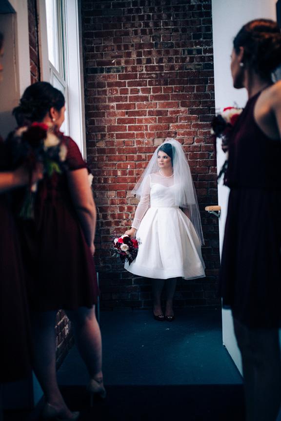 ©annajonesphotography_chelseysmithandwesleyphippsweddingdowntowndesmoineswedding413.jpg