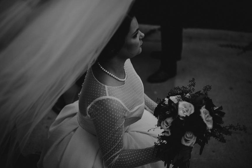 ©annajonesphotography_chelseysmithandwesleyphippsweddingdowntowndesmoineswedding586.jpg