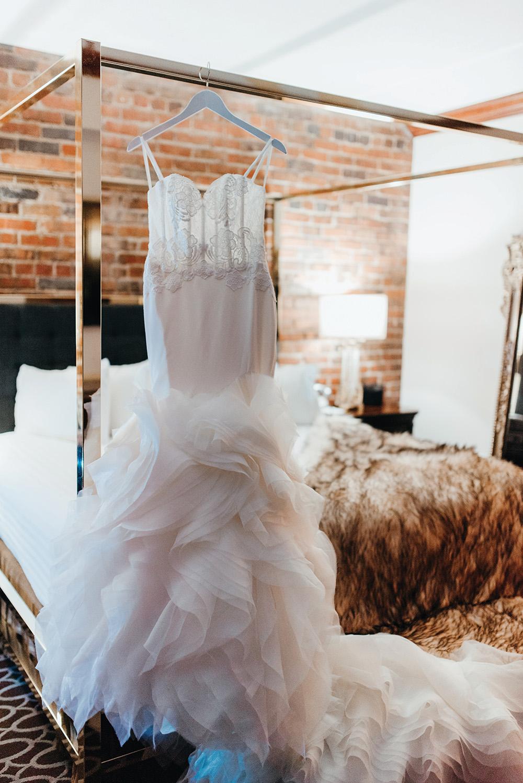 alyssaleicht-jessica-josh-wedding-16.jpg