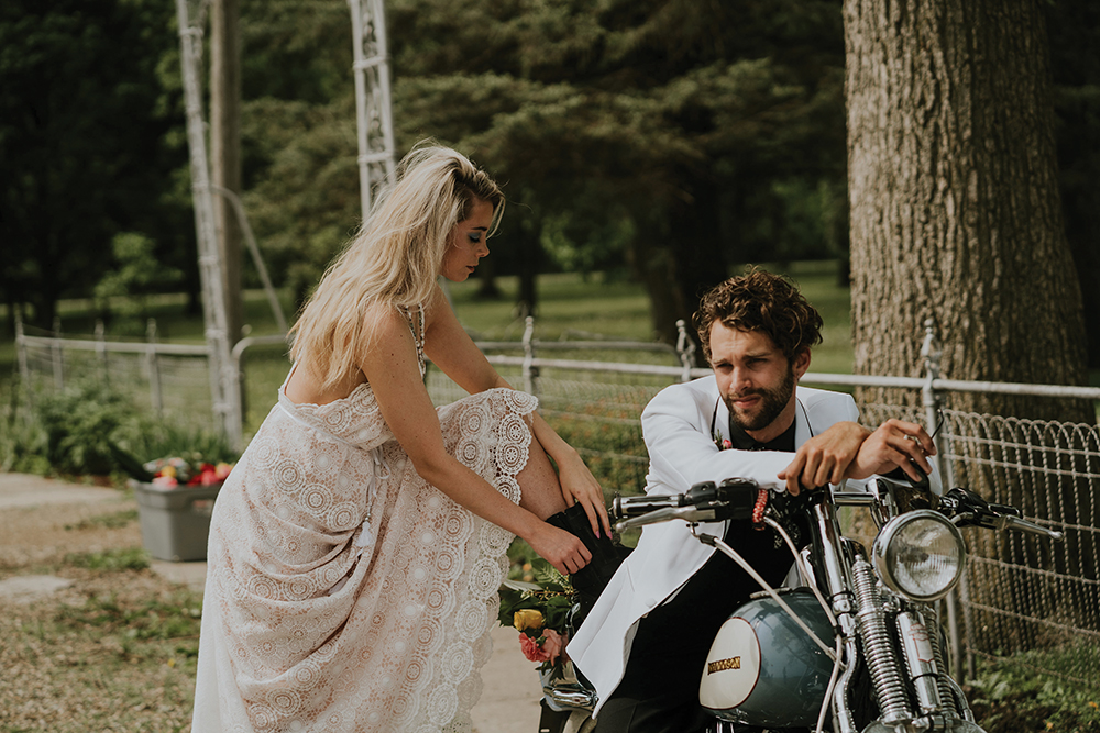 road-trip-romance-wedding-raelyn-ramey-photography-20.jpg