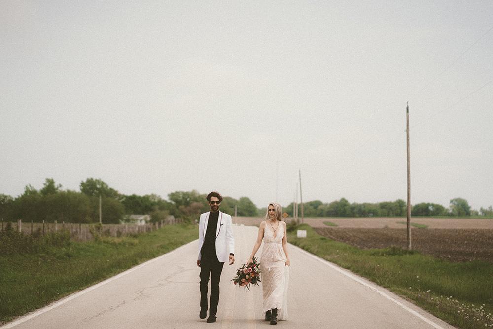 road-trip-romance-wedding-raelyn-ramey-photography-44.jpg