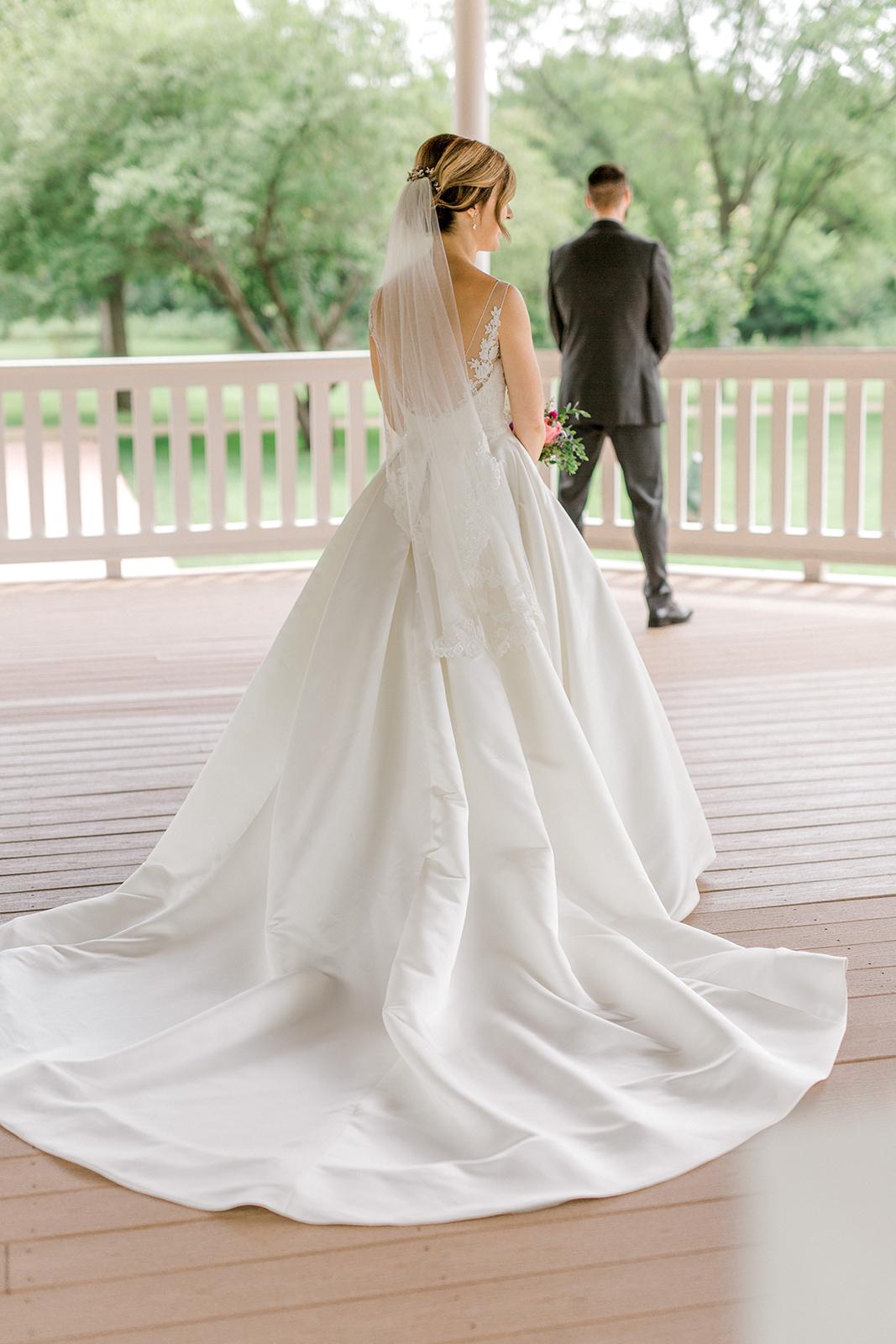 Ushers_Ferry_Cedar_Rapids_Wedding_Ella+Phil-0353.jpg