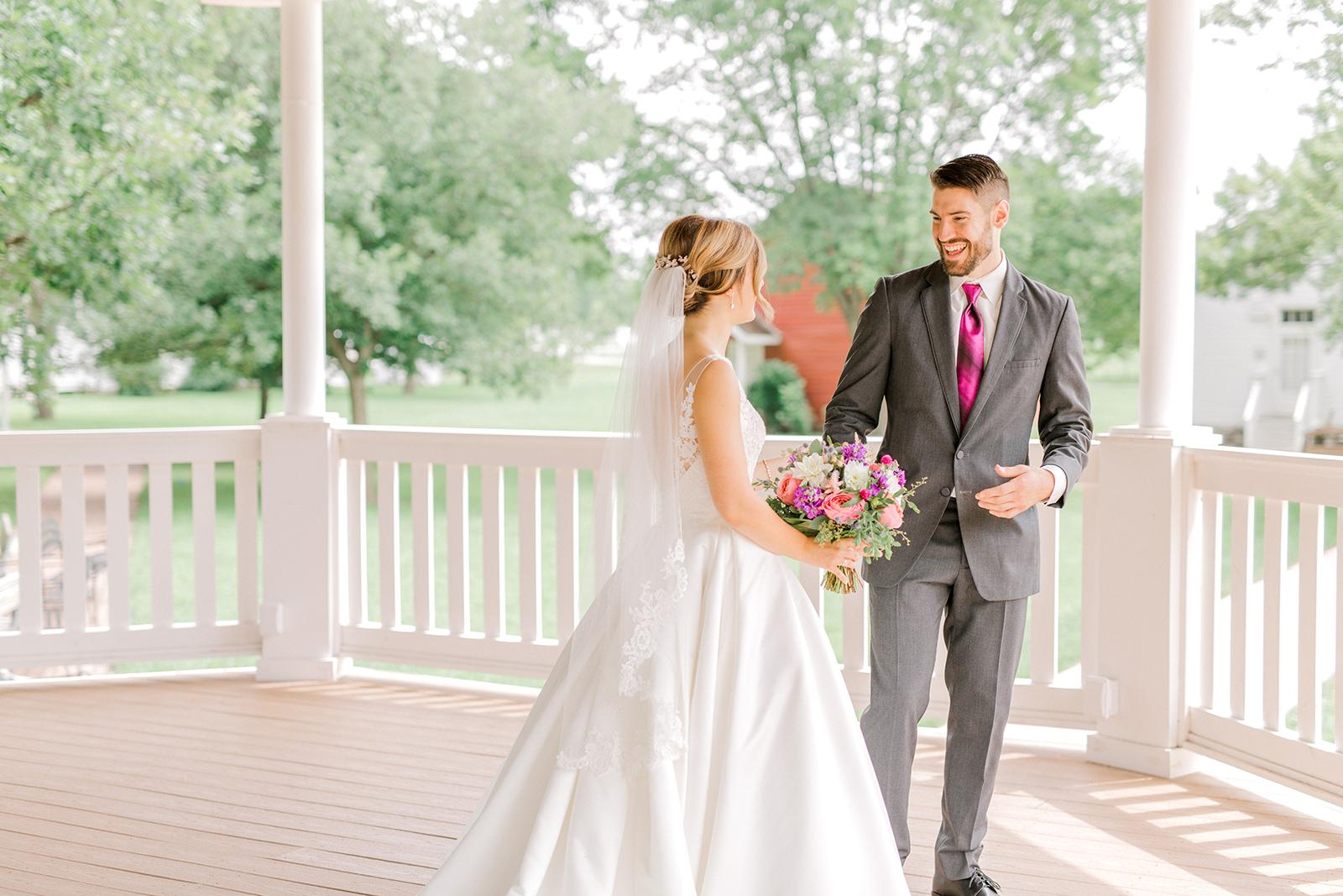 Ushers_Ferry_Cedar_Rapids_Wedding_Ella+Phil-0366.jpg