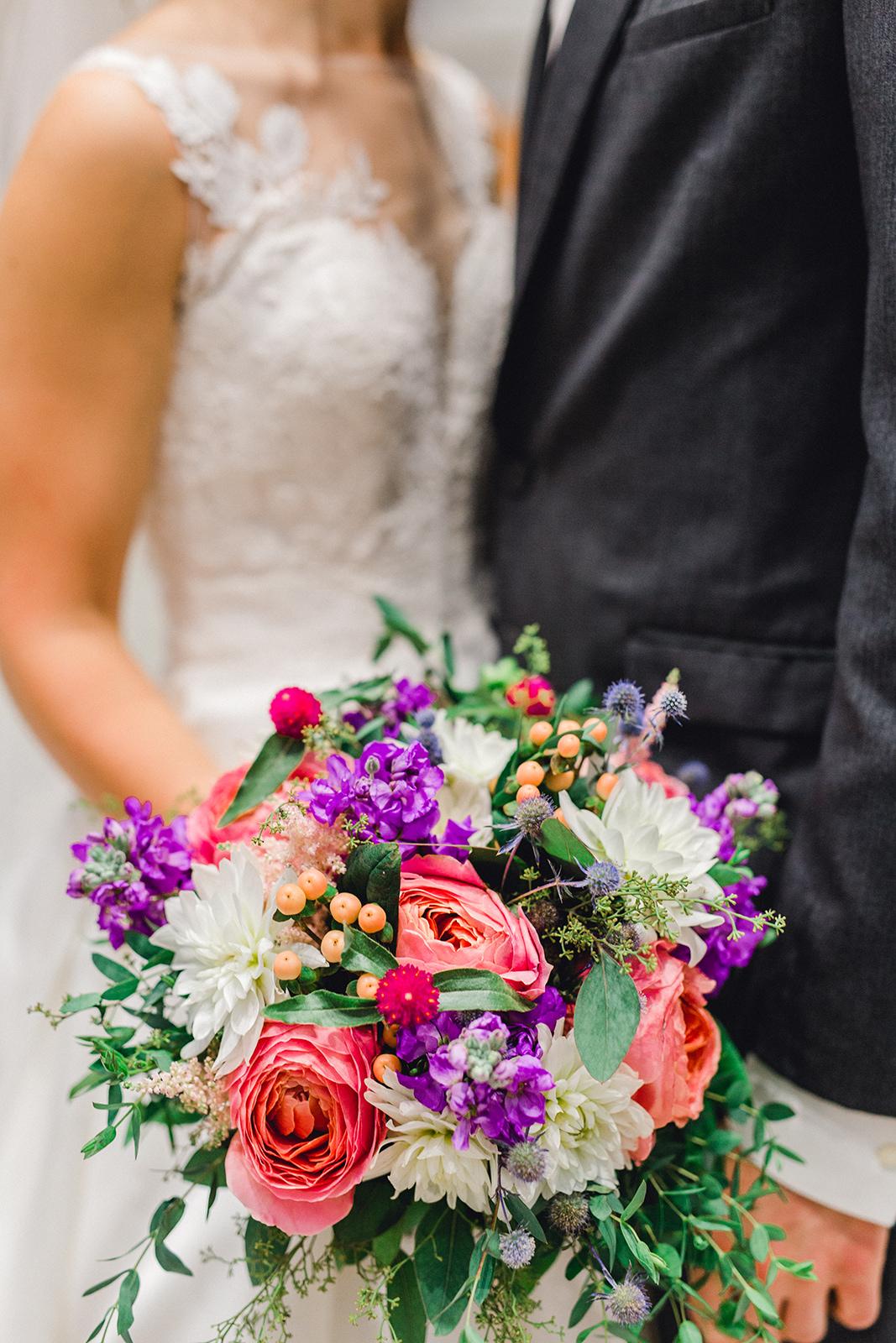 Ushers_Ferry_Cedar_Rapids_Wedding_Ella+Phil-0951.jpg
