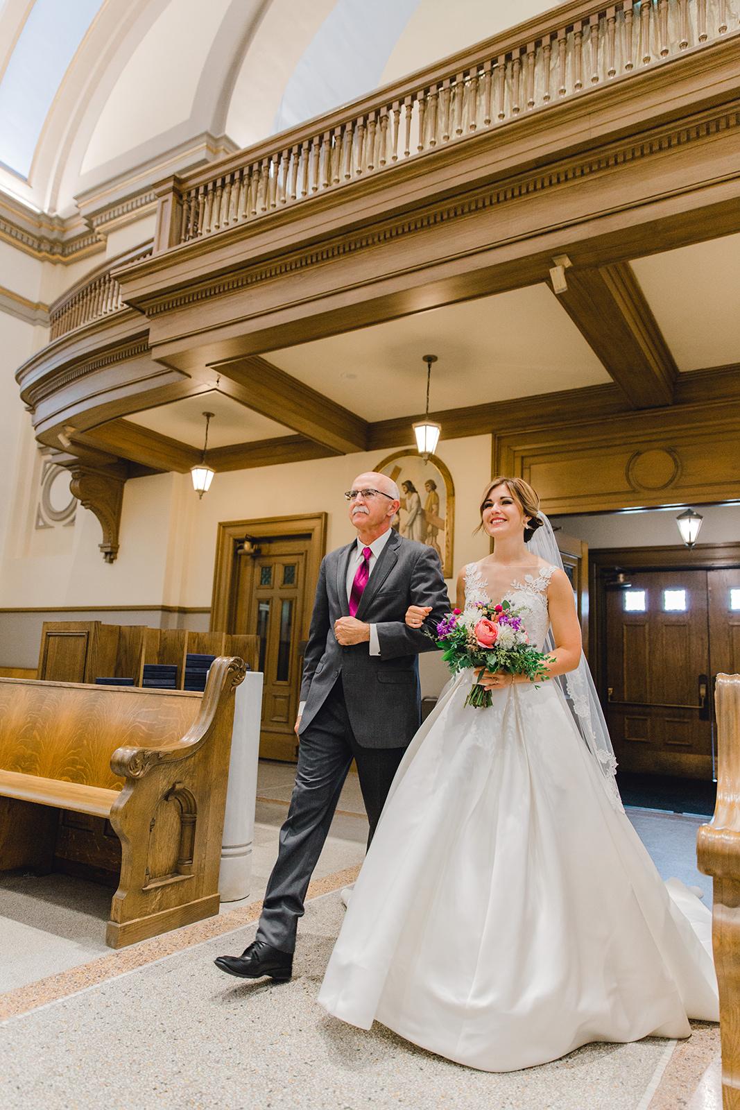 Ushers_Ferry_Cedar_Rapids_Wedding_Ella+Phil-226174.jpg