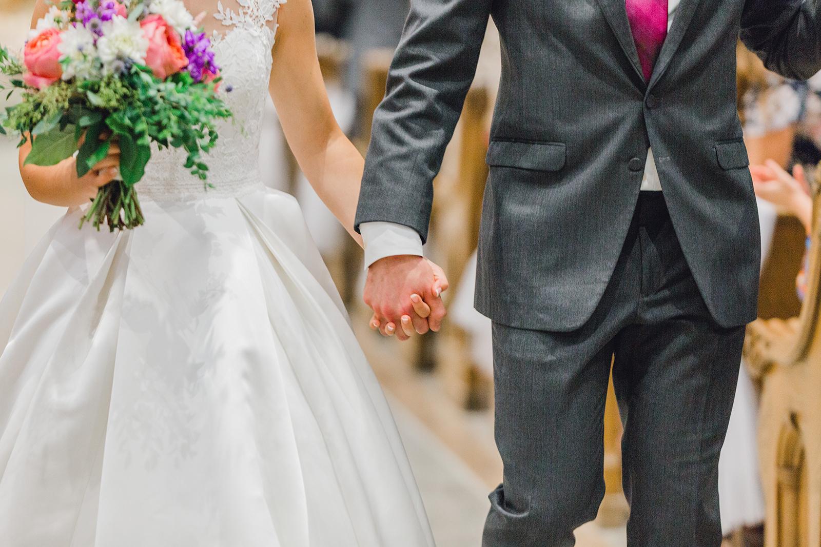 Ushers_Ferry_Cedar_Rapids_Wedding_Ella+Phil-1722.jpg