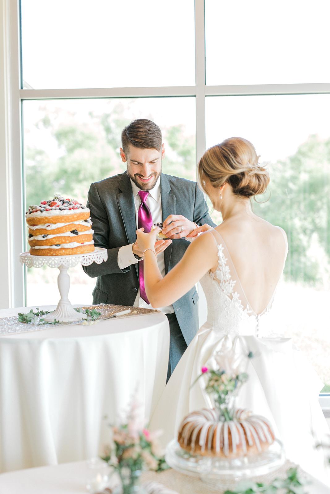 Ushers_Ferry_Cedar_Rapids_Wedding_Ella+Phil-2768.jpg