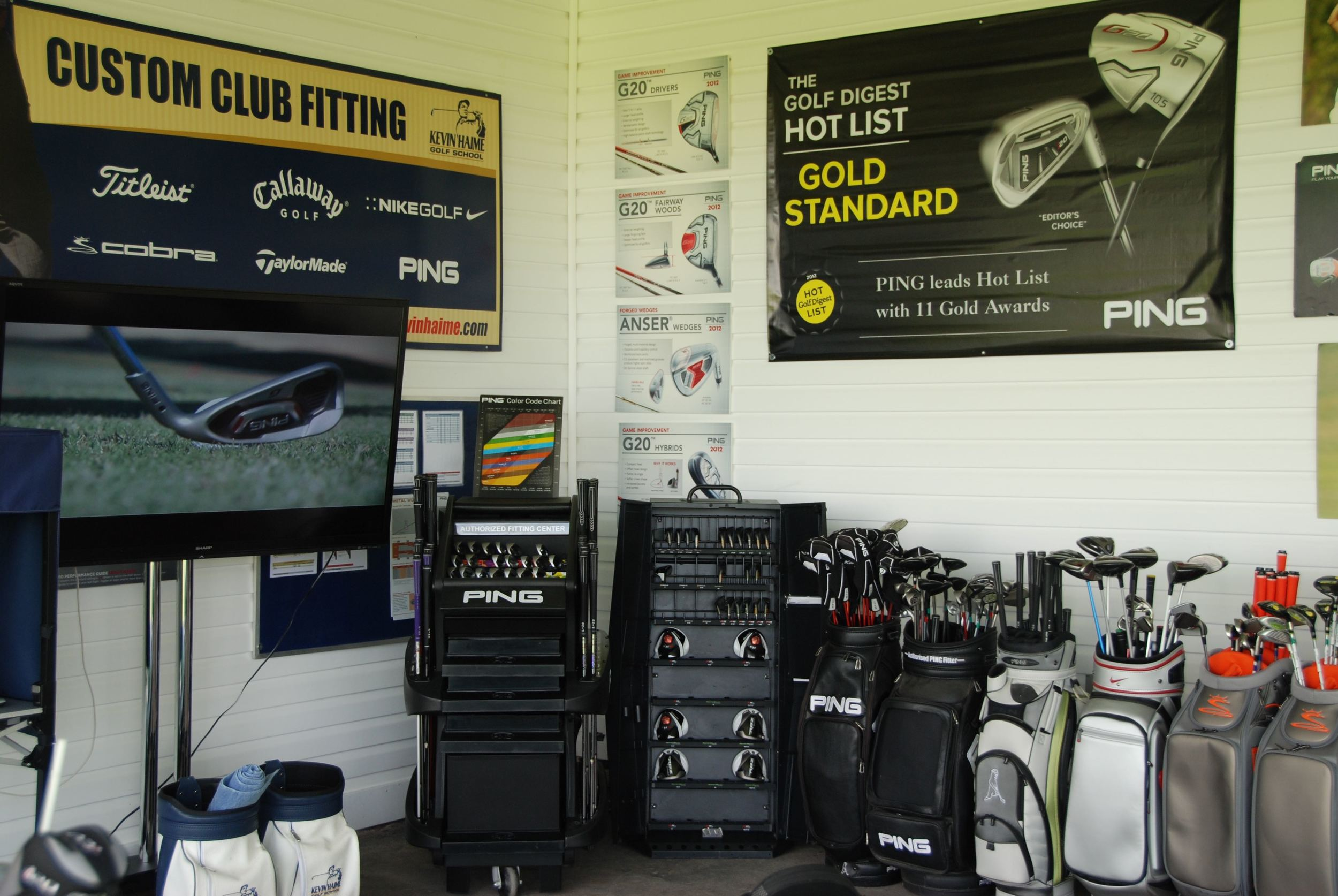 Custom club fitters for PING, Titleist, Cobra Golf, TaylorMade, Callway Golf and Mizuno