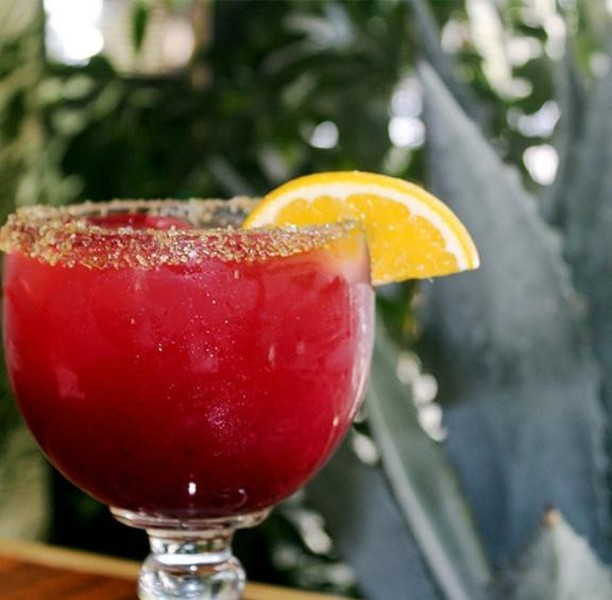 You can't say no to a margarita today, it's National Tequila Day! Plata Taqueria, among many other restaurants in our Square, is prepared to serve you an amazing margarita! 🍹 . . . #josecuervo #margarita #cocktails #vodka #tequila #cocktail #mixology #bartender #tequiladay #whizinmarketsquare #agourahills