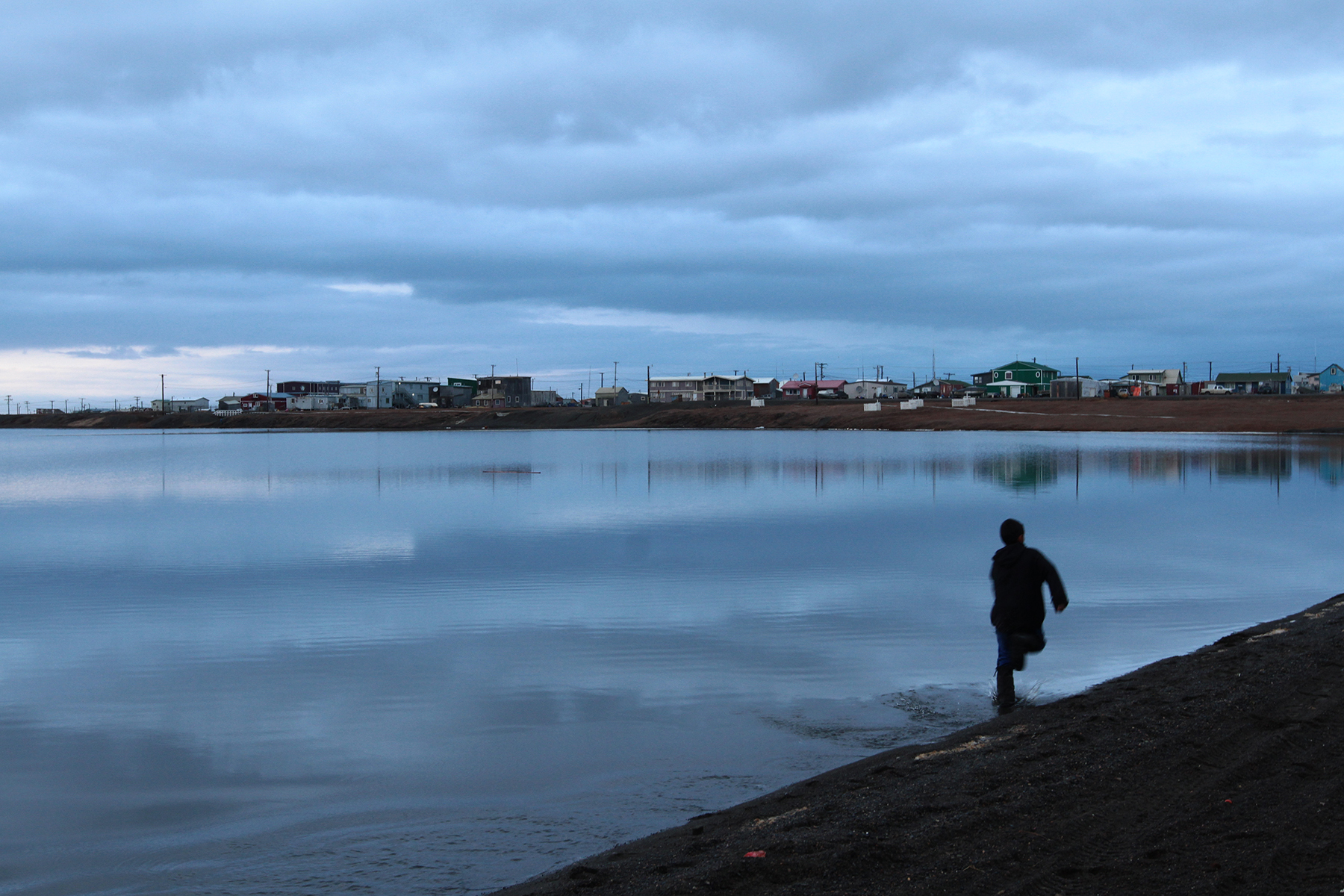 Several lagoons divide the town. In winter, they freeze solid and can be walked across or driven over with snowmobiles.