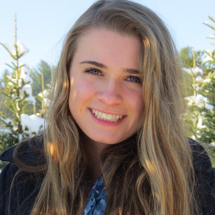 Molly Ganley   Exeter, NH   BC, Neuroscience and Behavior
