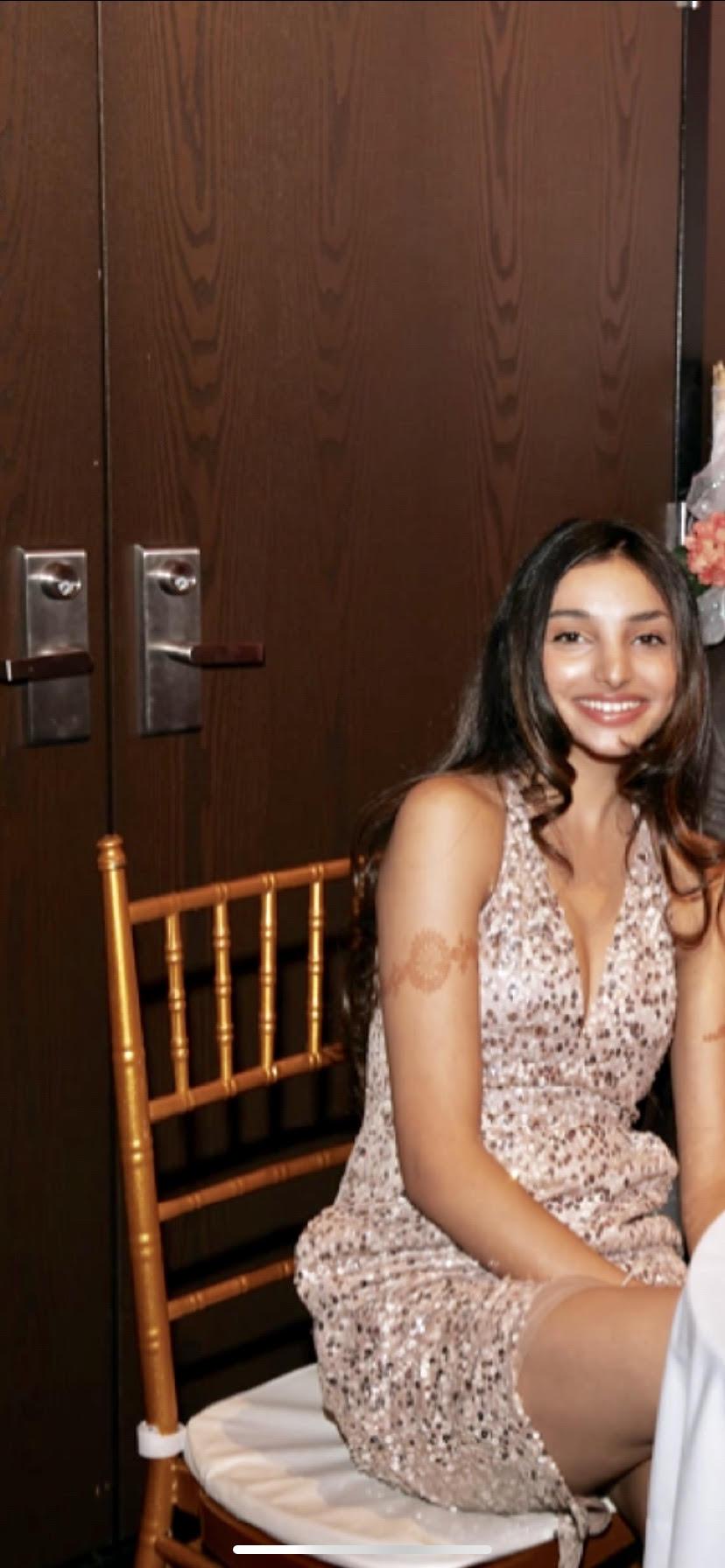 Akshita Bhatia   Dallas, TX      BC, Economics-Computational Statistics and Dance