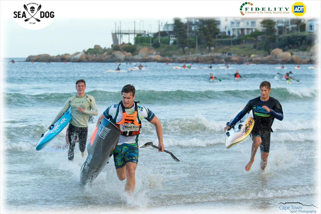 Rice splits the field as he takes on the 3-lap board paddlers for line honors. (Photo: Cape Town Sport Photography