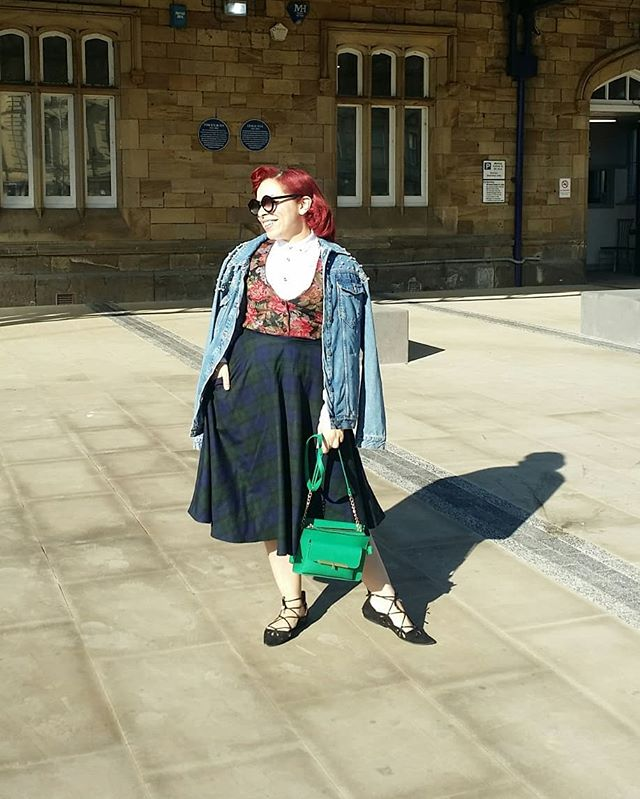 I bought this vintage waistcoat in leeds yesterday and I love it so much!  S/o to @frogmellaink for achieving some epic lens flare in the bridge photos . #nofilter #ootd  Skirt: @hellbunnyofficial  Shirt, jacket, bag, shoes: @primark