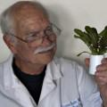 Dr. Gordon W. Snyder, Co-Founder & Science Advisor