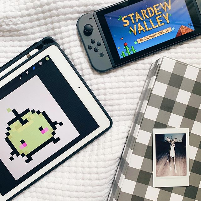 The shop is now closed until August 8th! I'll be prepping for the reopening and taking a break 😌 which probably means playing games thanks to @hellodawnco @poonteresa @alvinklim 🙏 I gave in to Stardew Valley even though pixel art hurts my eyes..but I just met the cute little junimos 🍏 Also, since it's Prime Day I just picked up Pokémon Lets Go Eevee..hmu if there are any good deals or games you wanna play with me 😂 🎮🎮🎮 #stardewvalley #nintendoswitch #ipadpro #procreate #cratepaper #italiangreyhound #instax #flatlayforever #primeday #letsgoeevee #pokemon #gamergirl #pixelart #8bit