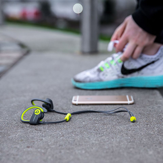 Best-Wireless-Bluetooth-Headphones-Workout-2017-Beats