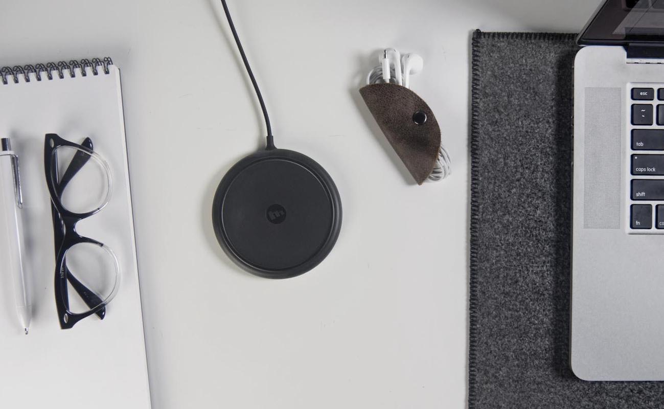 mophie Wireless Smartphone Charging Base.jpeg