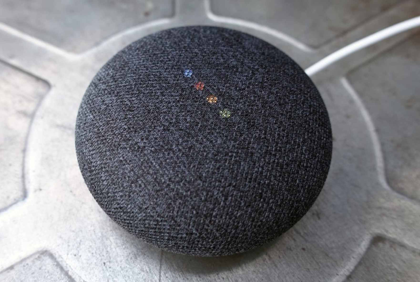Google Home Mini 2018