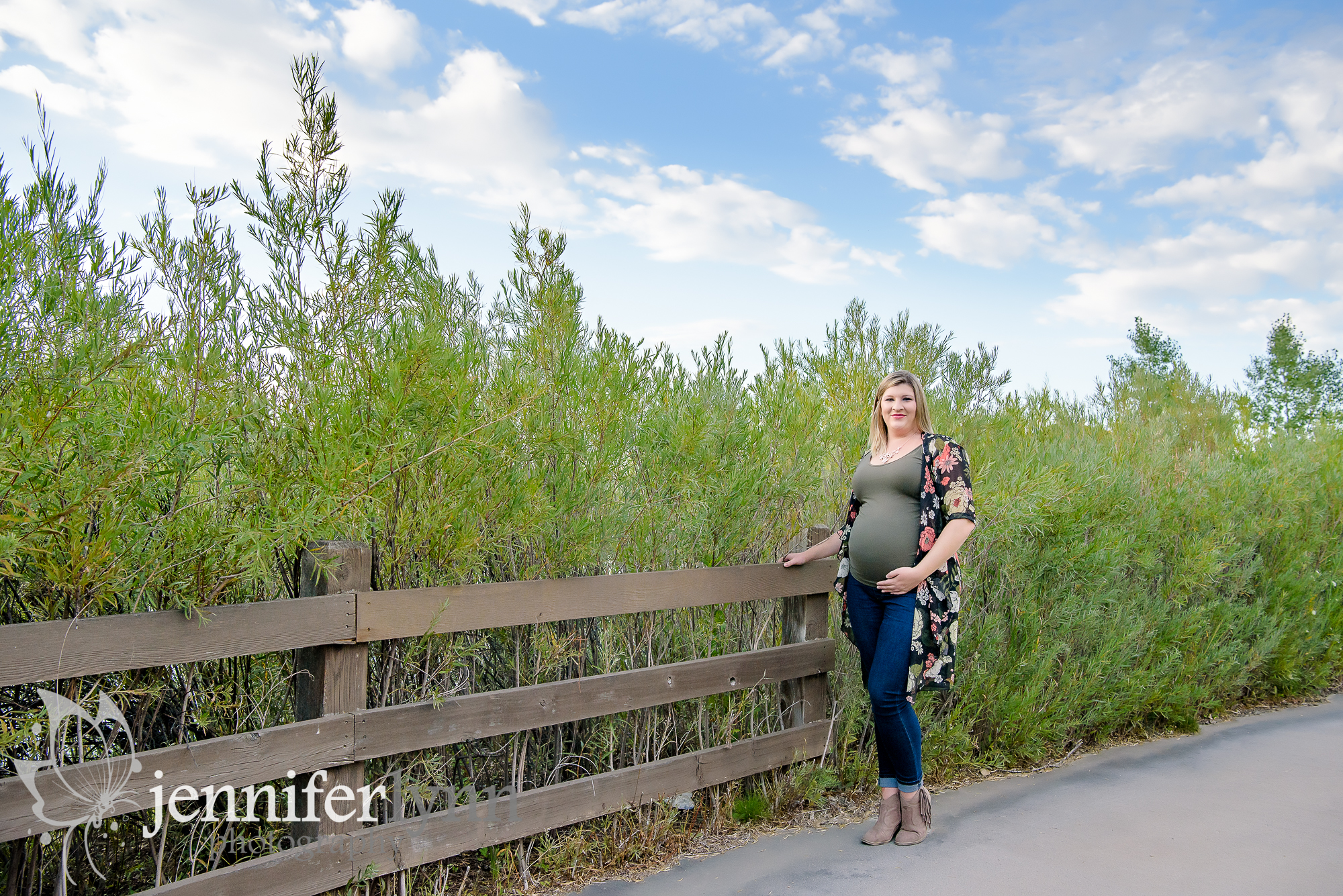Maternity Casual Fence Tall Summer Grasses