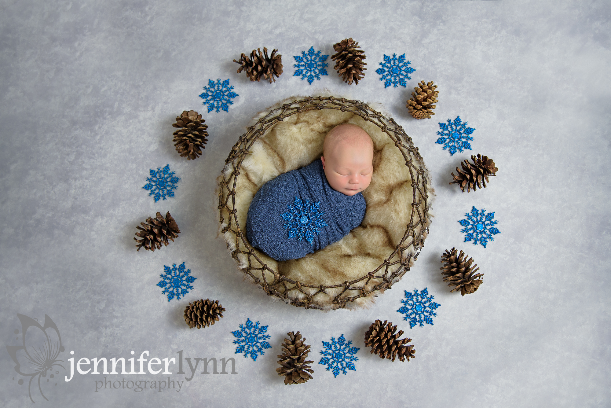 Newborn Boy Circle Basket Pinecones Snowflakes