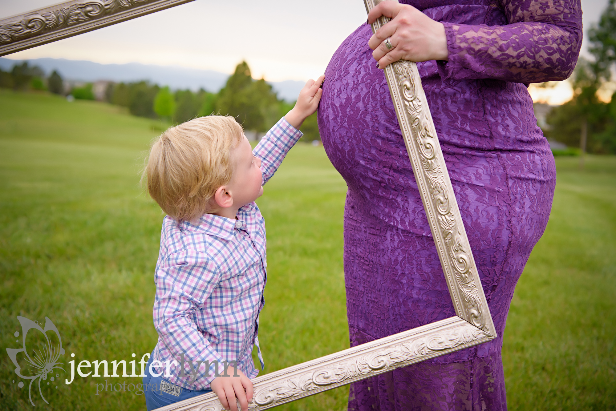 Big Brother Maternity Frame Mountains
