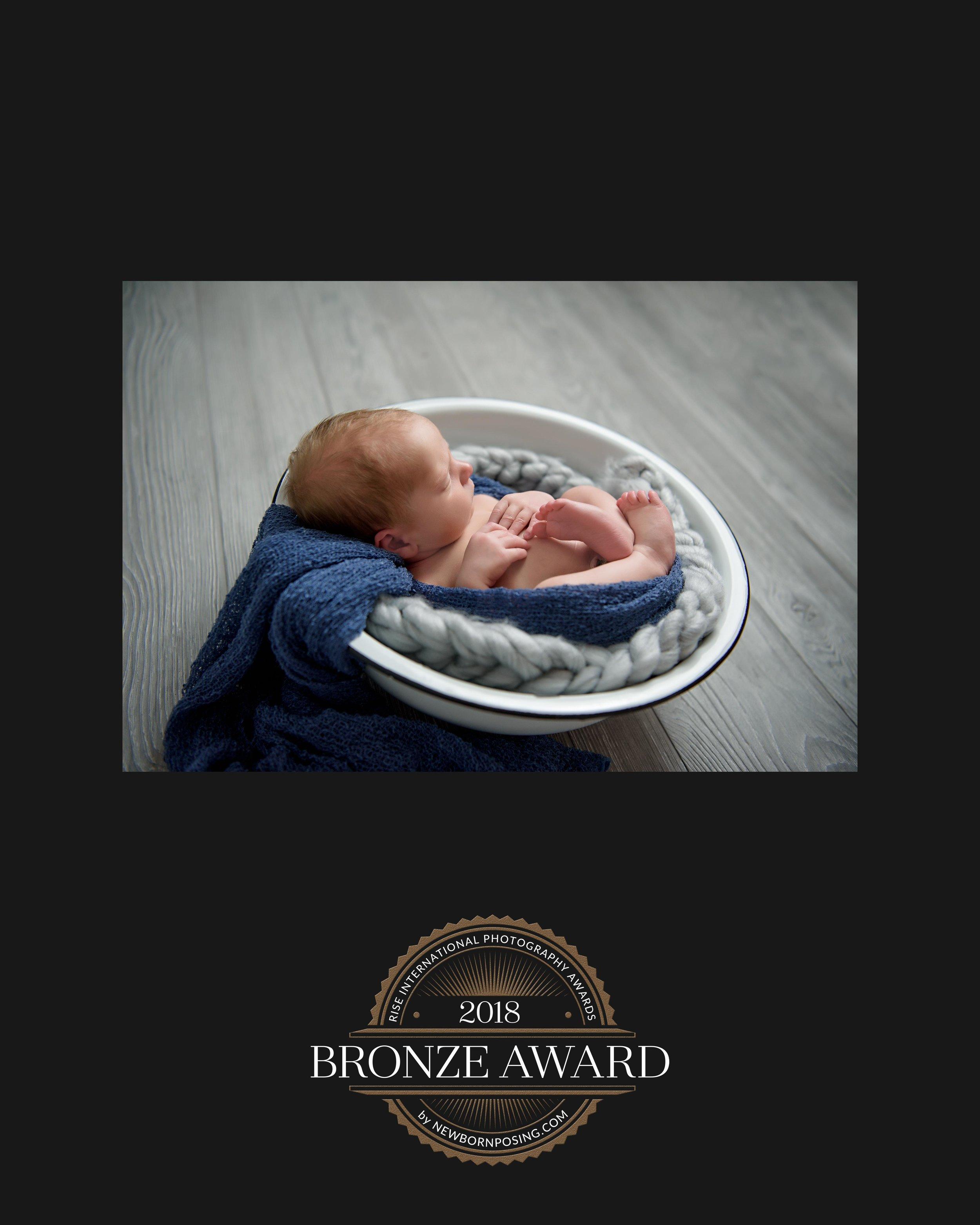 Bronze Winner 1 Newborn Rise 2018