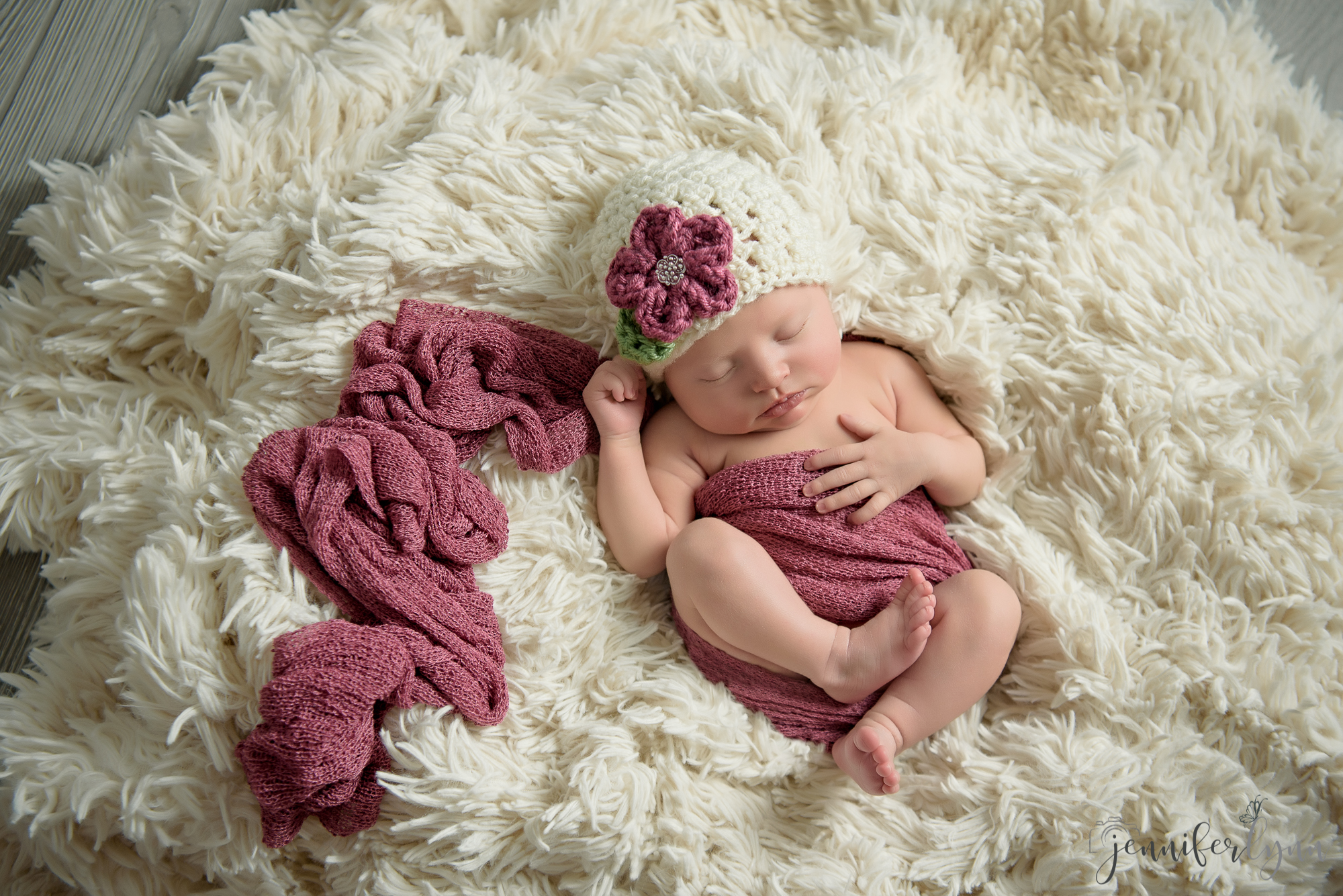 Newborn Girl Pink Wrap Cream Fur