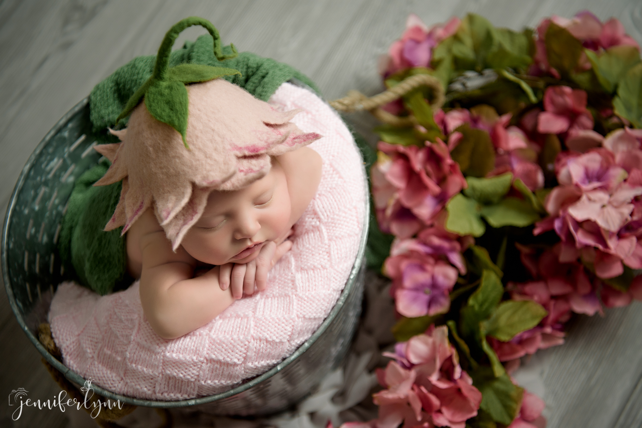 Newborn Girl Pink Flower Hat WIth Pure Greens