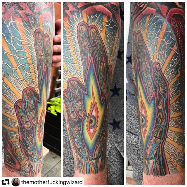#repost @themotherfuckingwizard ・・・ Progress on an @alexgreycosm sleeve!! #sacreddiamondtattoo
