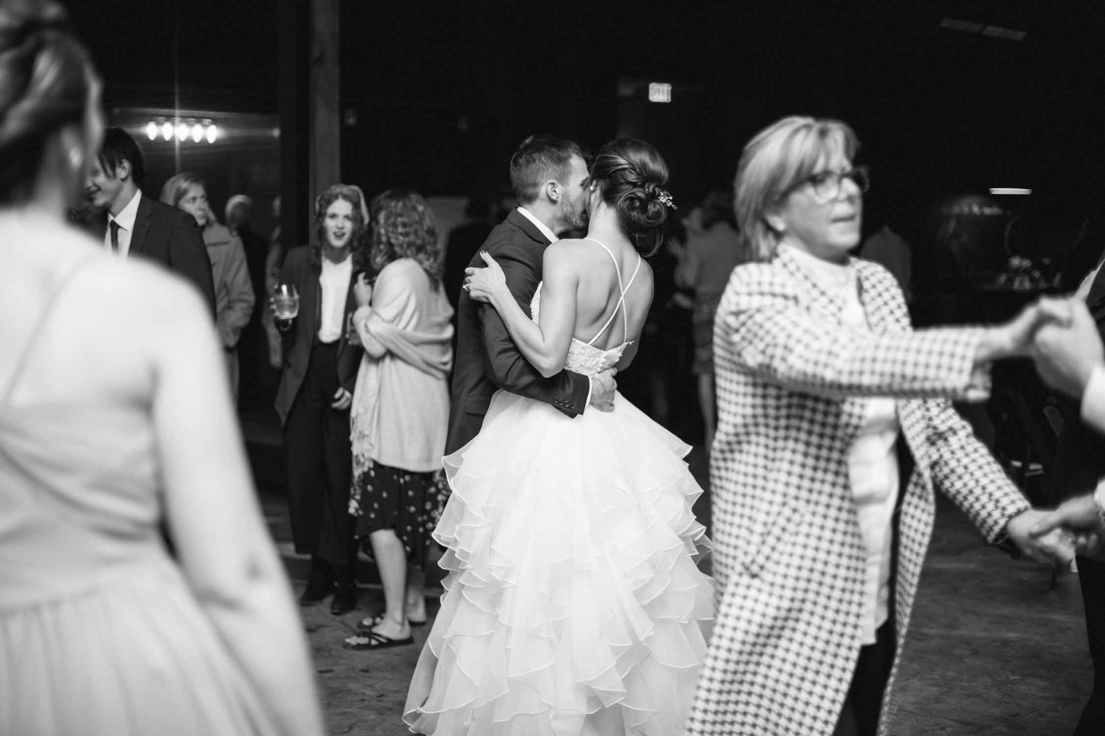 Newt_Kelsey_Wedding_blog-122.jpg