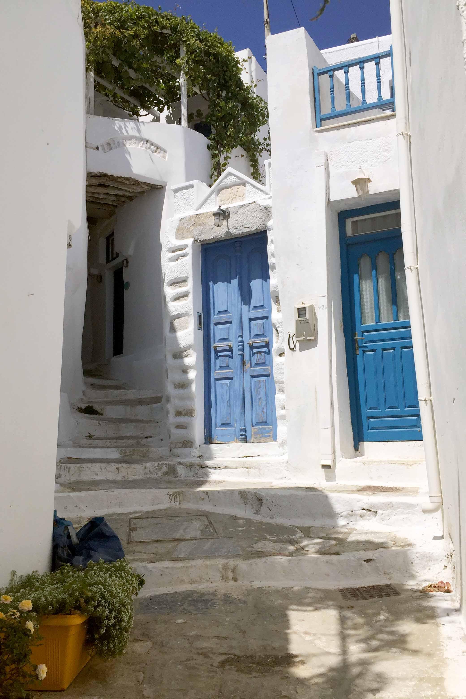 white-house-blue-door-7795.jpg