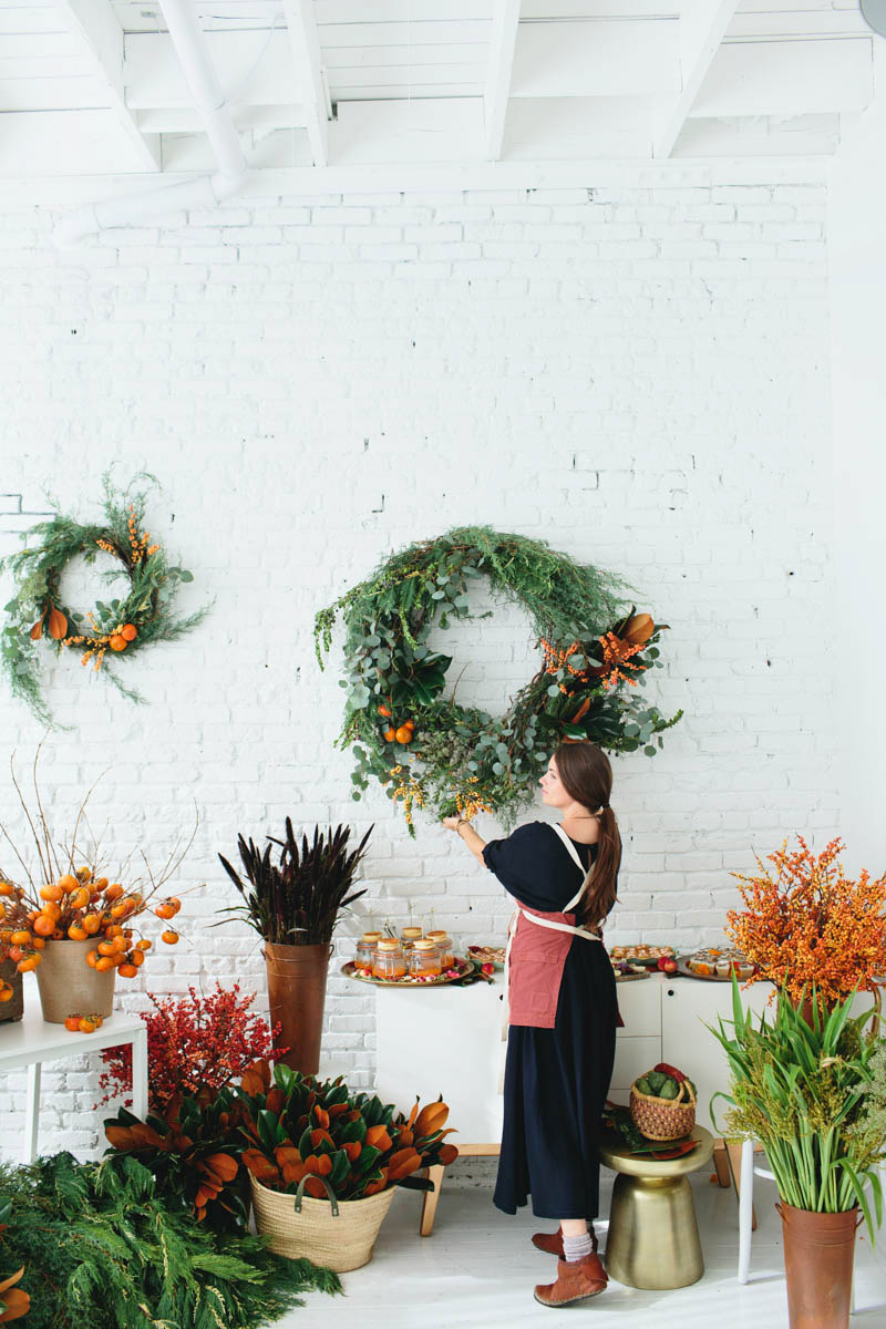a wreath workshop with designlovefest