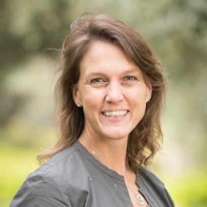 "<a href=""http://www.drkfoundation.org/stephanie-khurana.html ""target=""_blank"">Stephanie Khurana</a><strong></strong><strong>Draper Richards Kaplan Foundation</strong>"