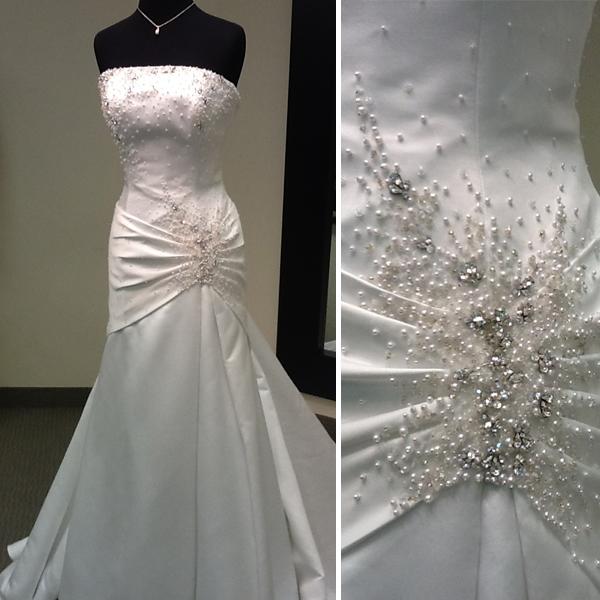 1-7-13-Casablanca-wedding-dress.jpg