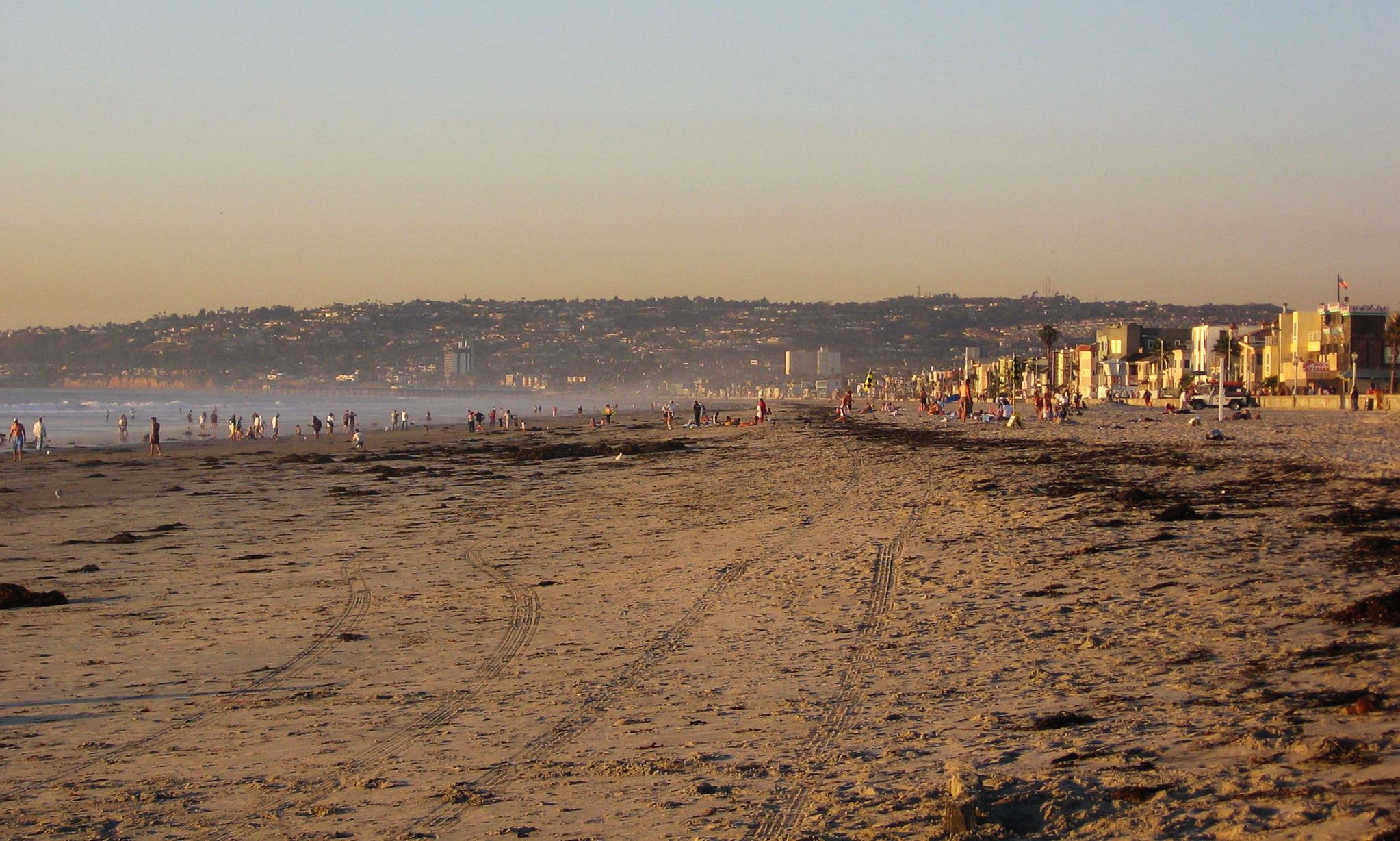 Mission_Beach-San_Diego-California.jpg
