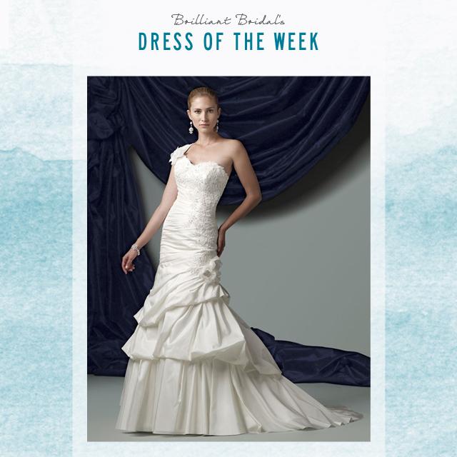 7-28-EV-James-Clifford-Wedding-Dress.jpg