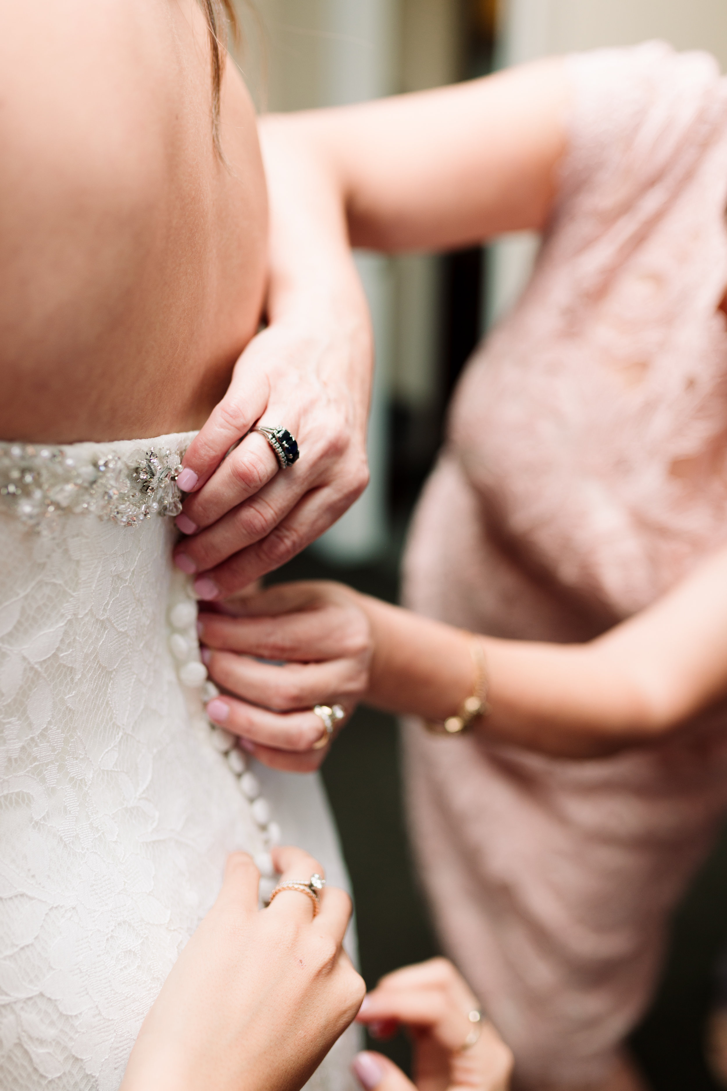 Nathan and Erin-Wedding Sneak Peeks-0003.jpg