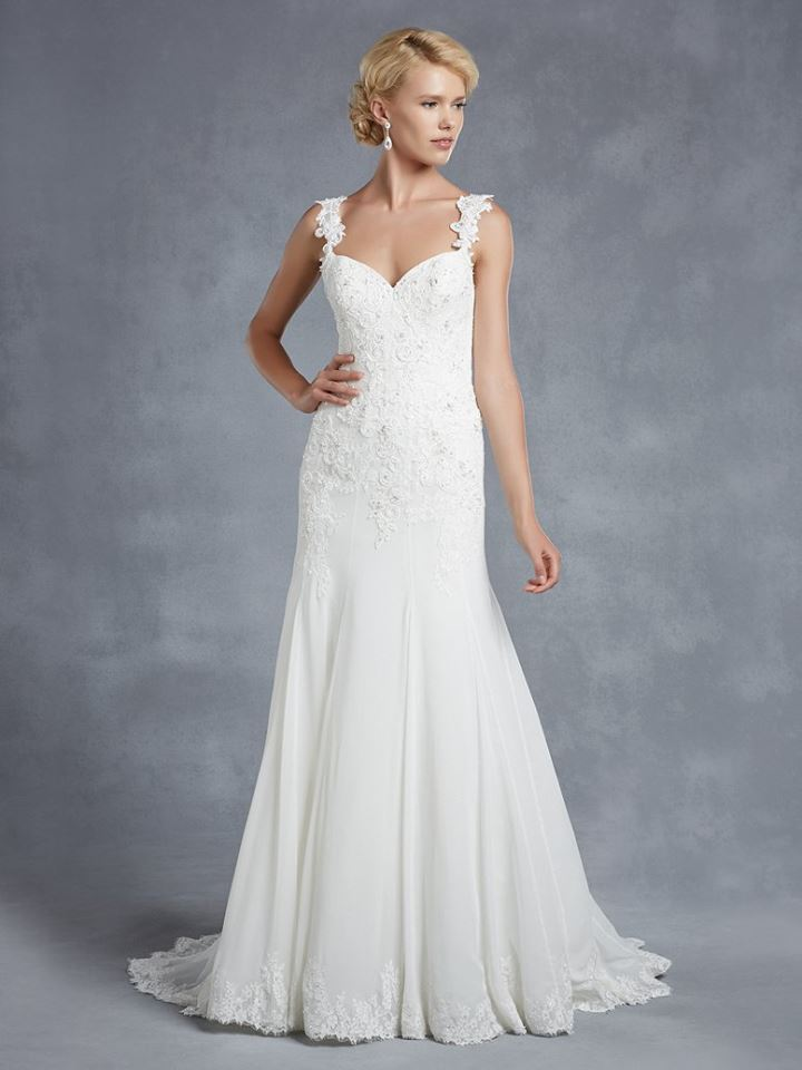 Enzoani Henderson  Size 16 Ivory Retail Price $1800 Our Price $1260 East Valley Store