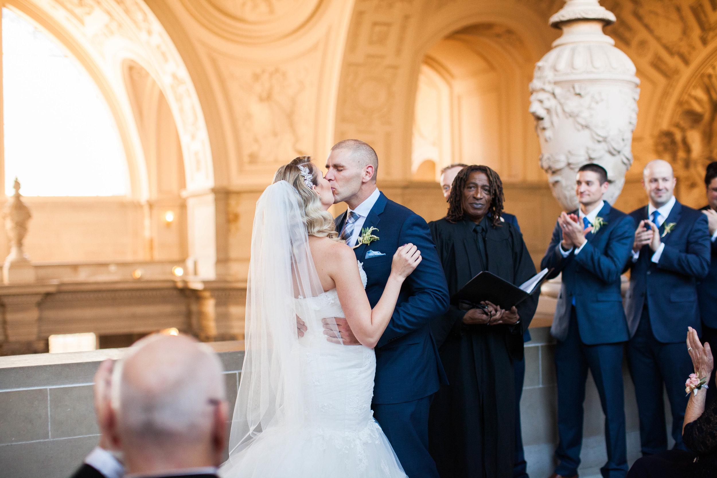 san-francisco-city-hall-wedding-kimberly-macdonald-photography665 copy.jpg