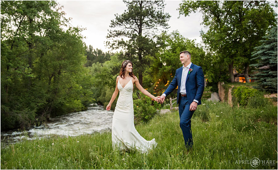 Bride-and-Groom-Romantic-Portrait-on-their-wedding-day-at-Wedgewood-on-Boulder-Creek-in-CO.jpg
