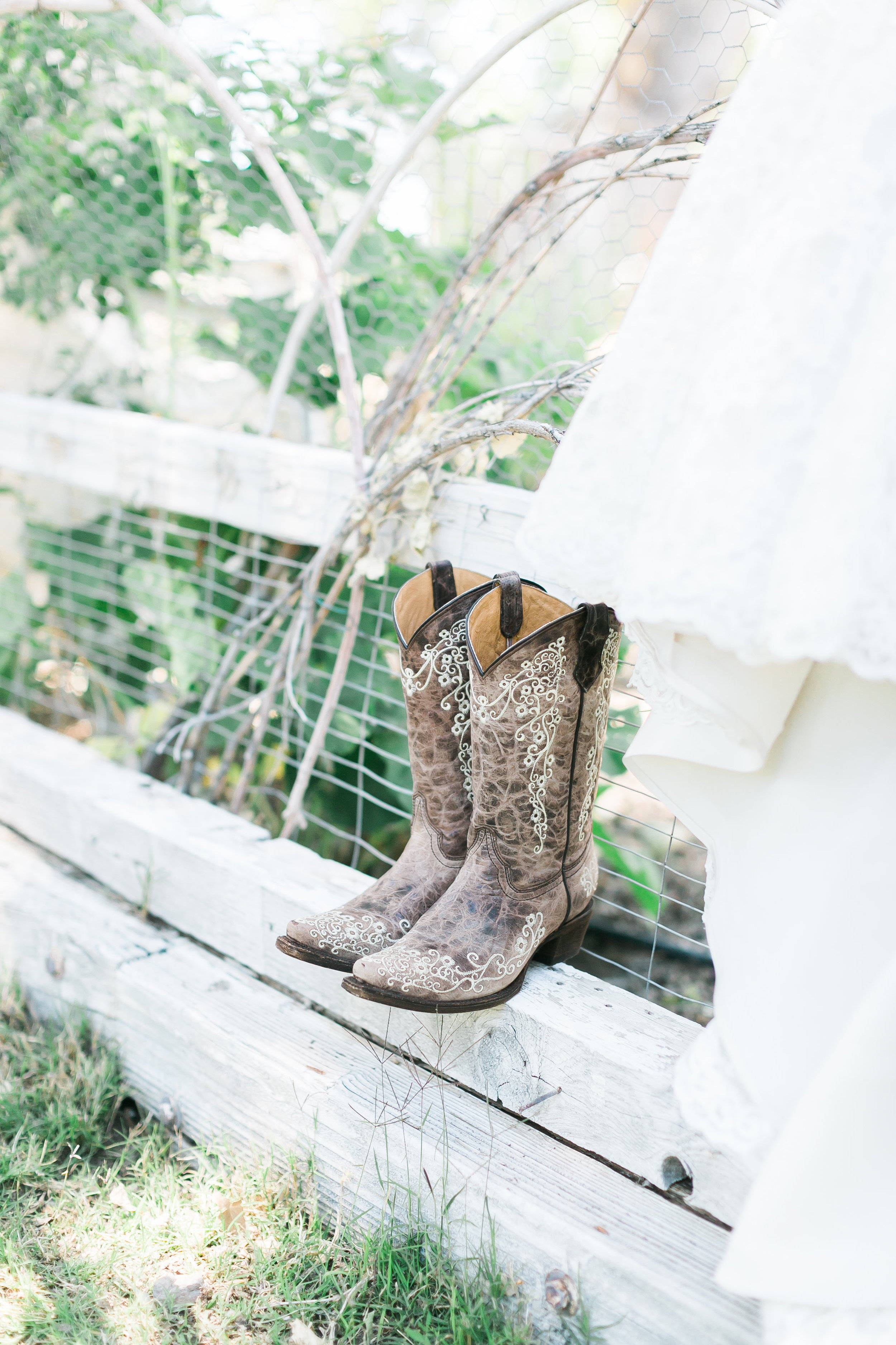 Cowgirl Boot Wedding Shoes.jpg
