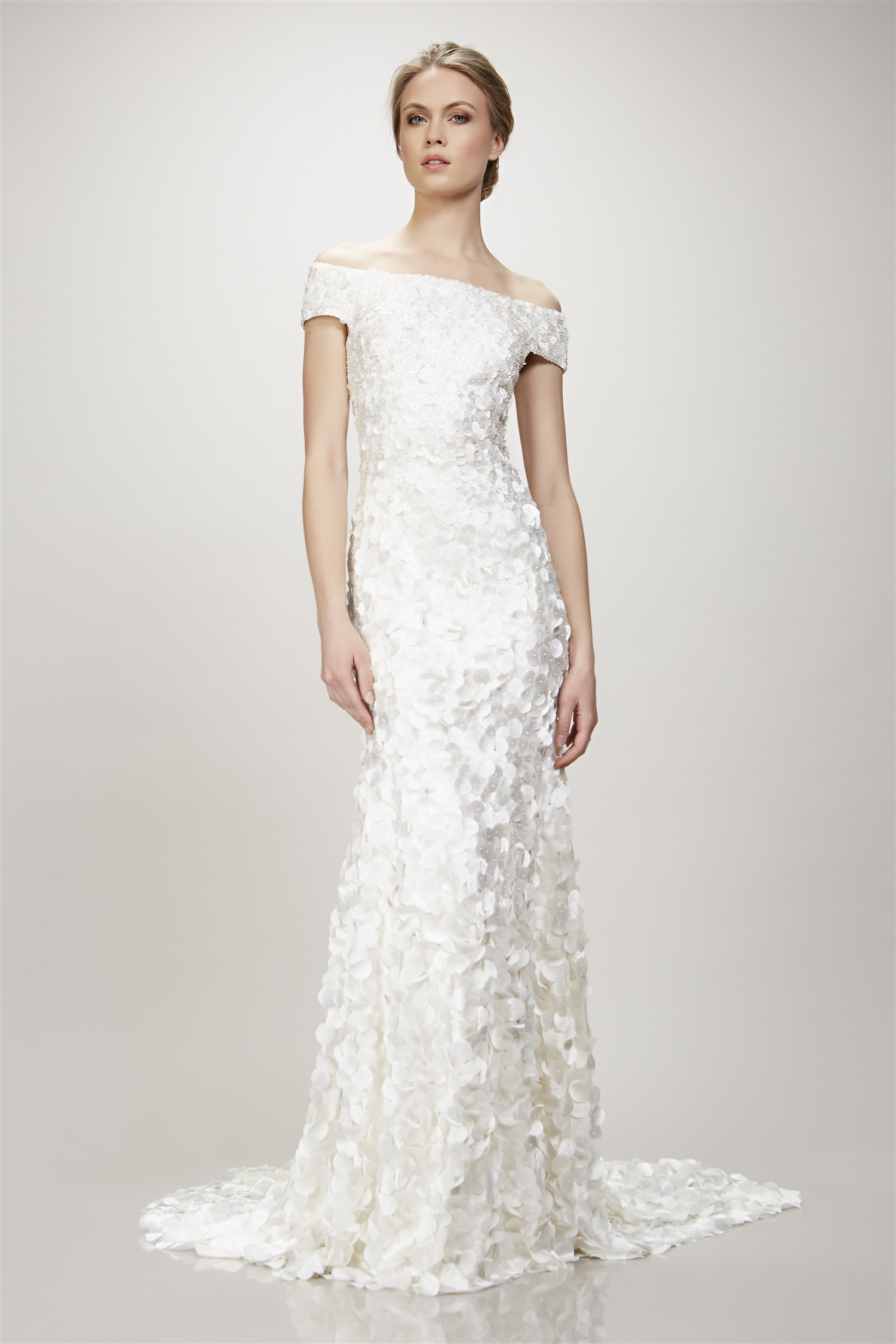 theia 890348 ivory // Retail Price $1700 | Our Price $1190