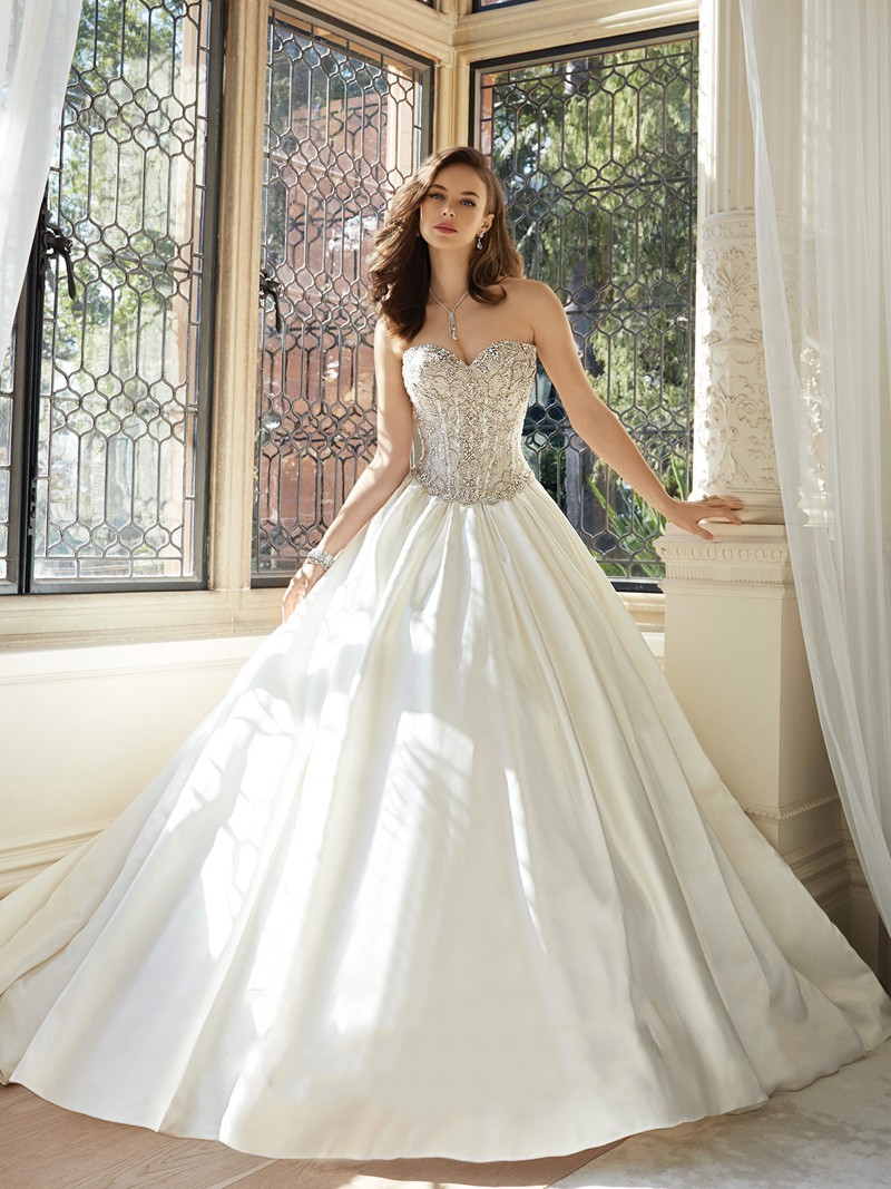 Sophia Tolli Y11627 Ivory // Retail Price $2023 | contact us for our price