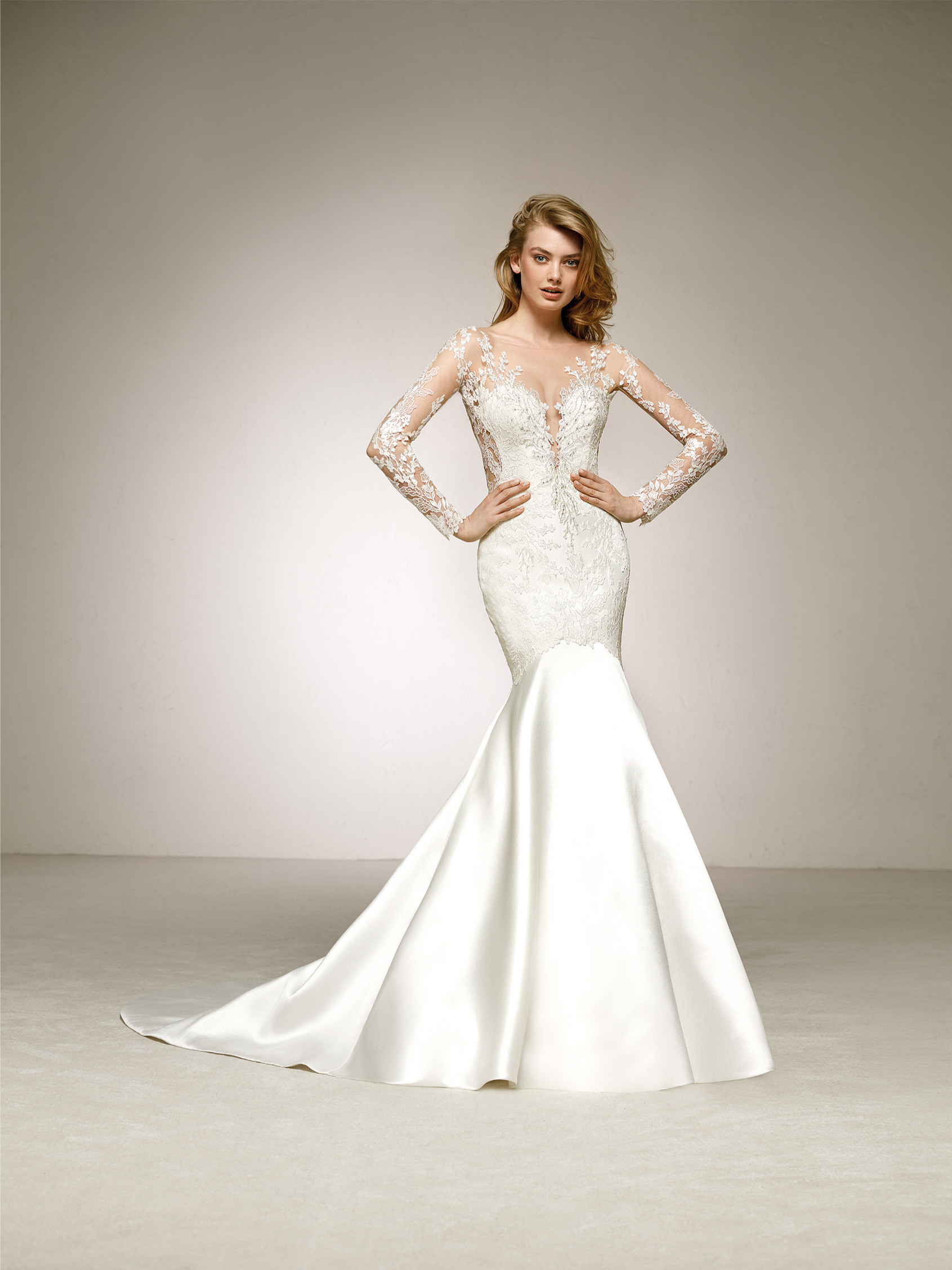 87b5509ddbced Pronovias Denina Off White // contact us for price