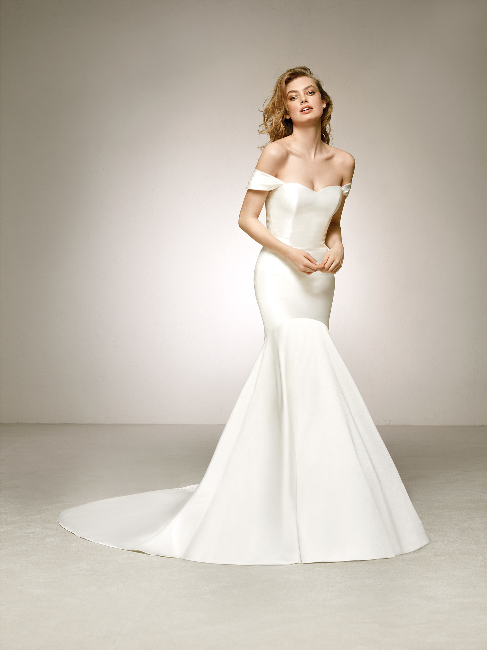 Pronovias Delco Ivory // contact us for price