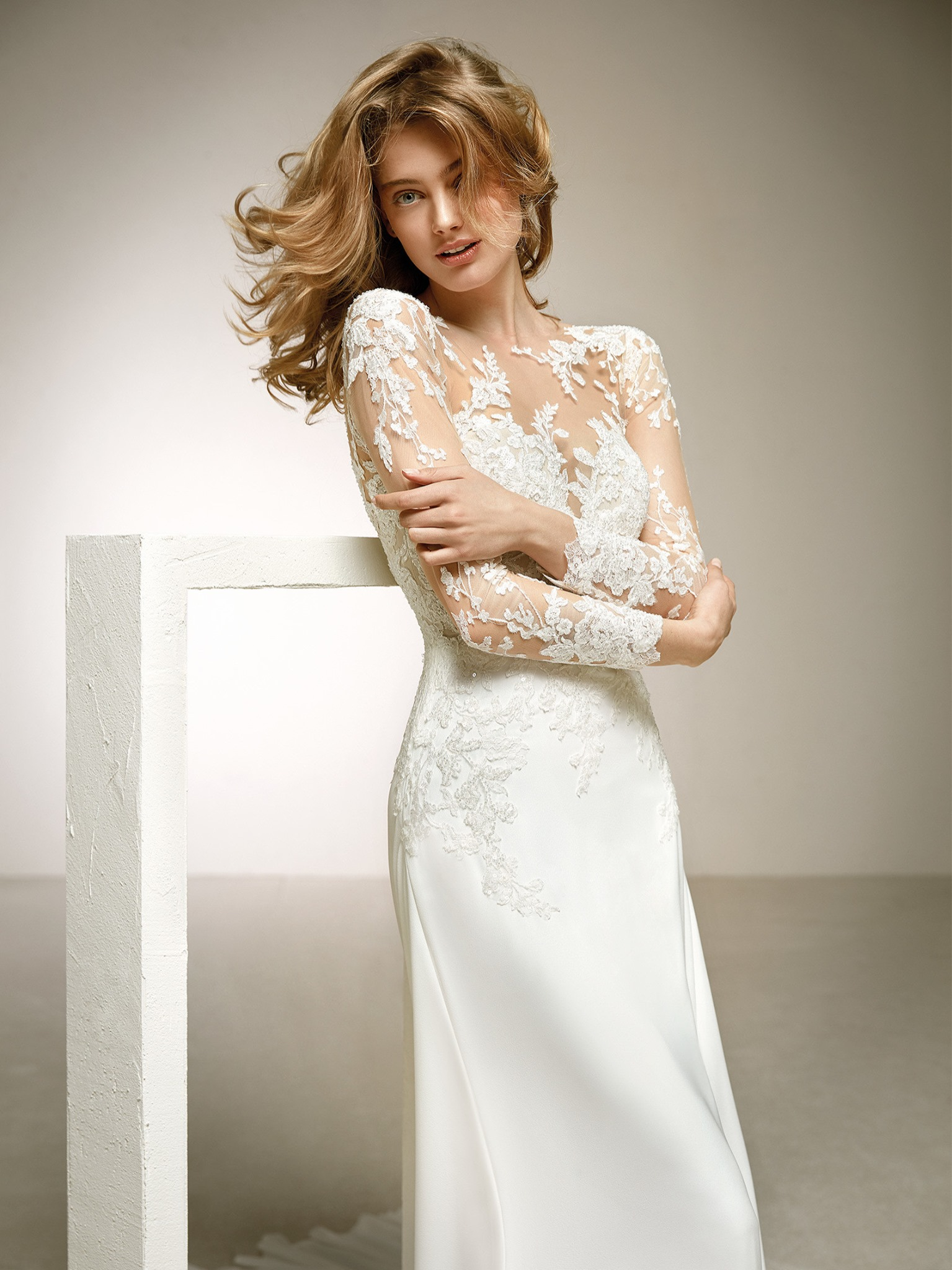 Pronovias Dacil Off White // contact us for price