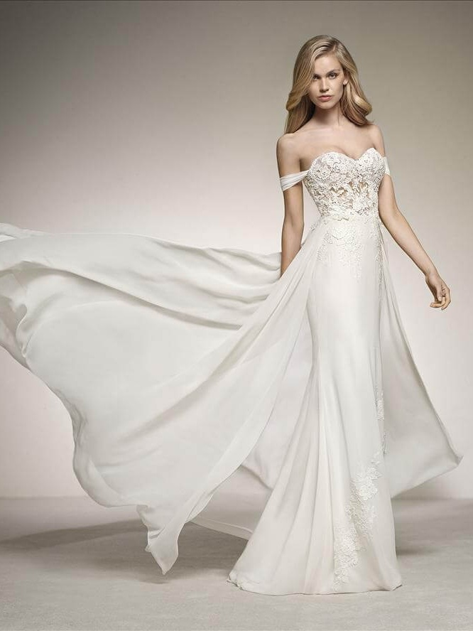 Pronovias Darla Off White // contact us for price