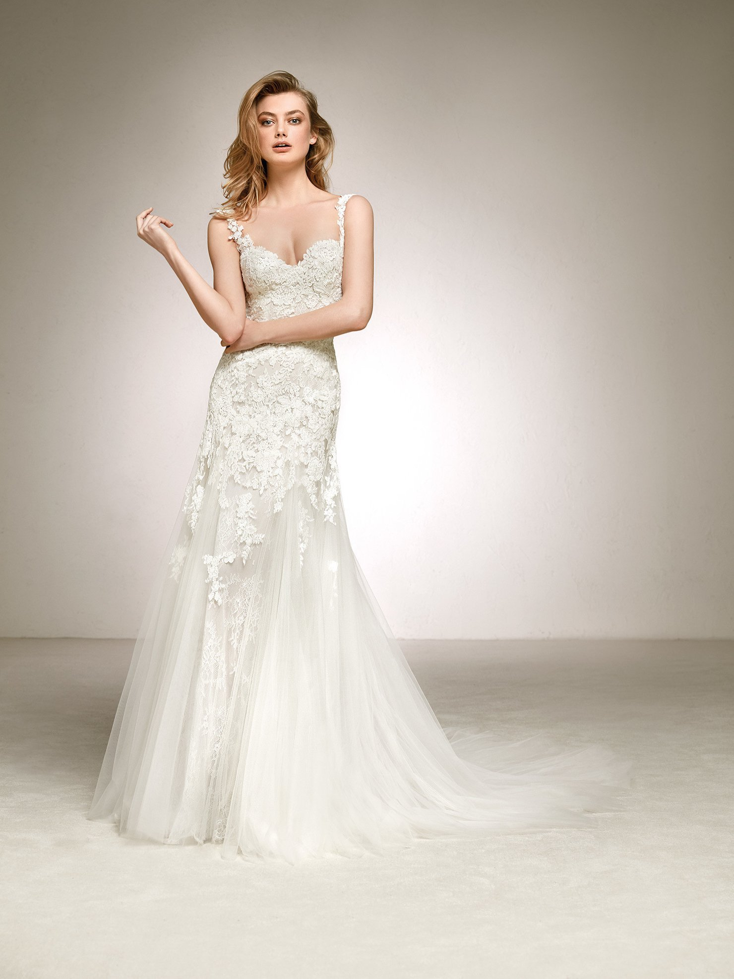 Pronovias Dasha Off White // contact us for price