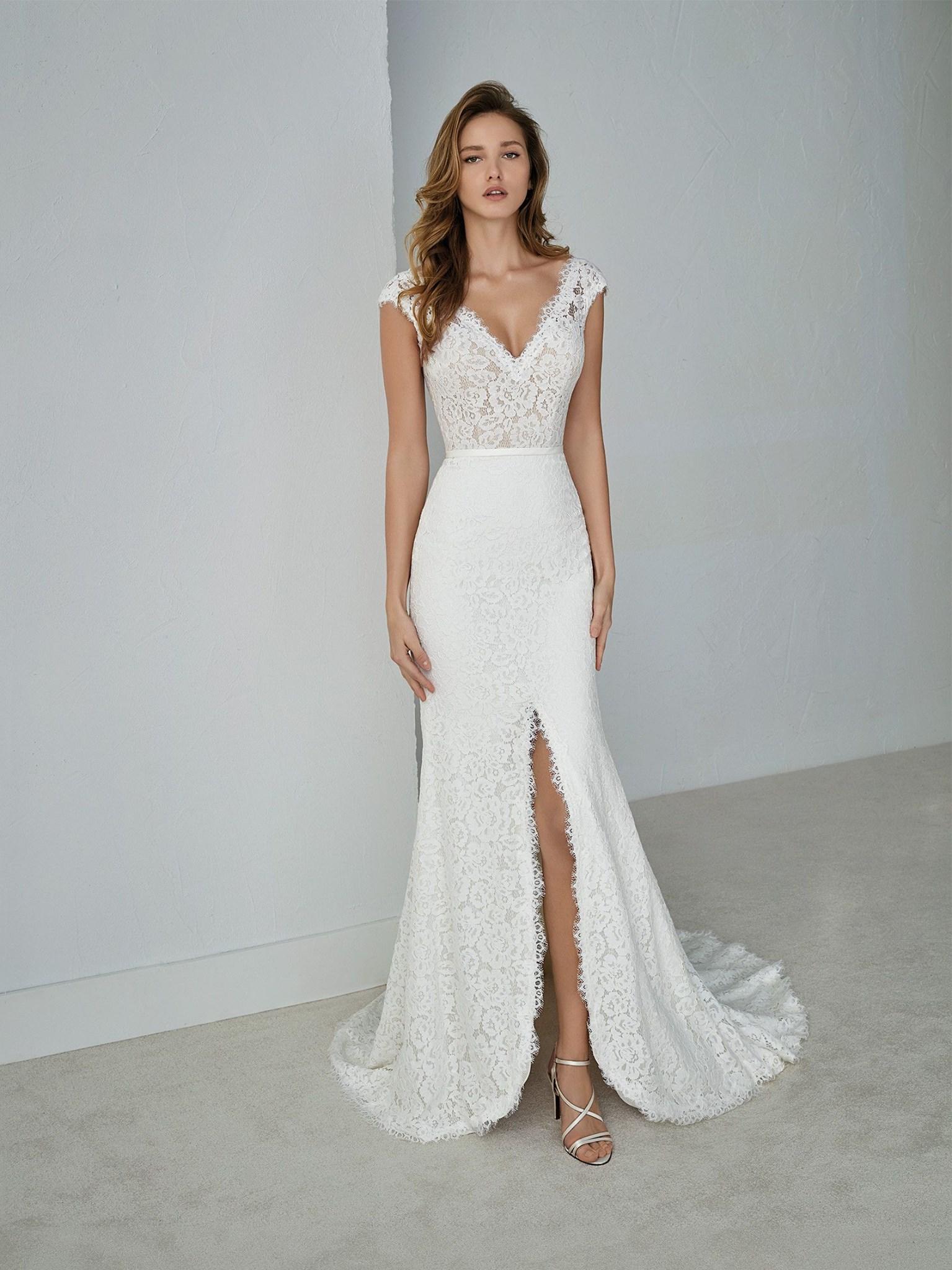 White One Fausta  Retail Price $1213 | Our Price $849